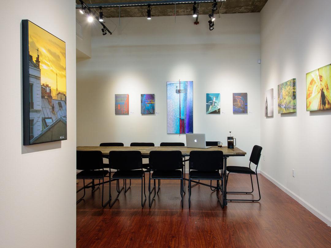 Art Gallery with Open Floor Plan Photo 3