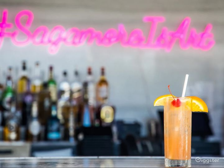 Pre-Function Historical Bar in Miami Beach Photo 5