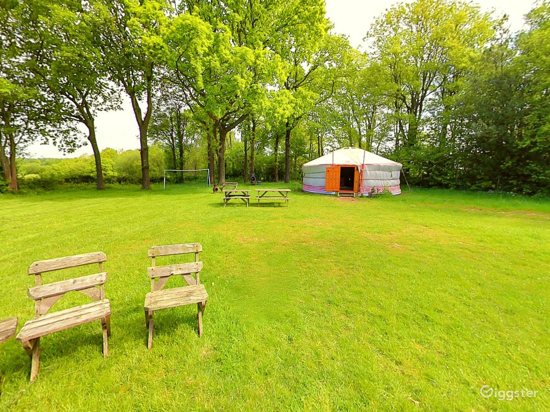 Orchard Yurt in East Grinstead Photo 1