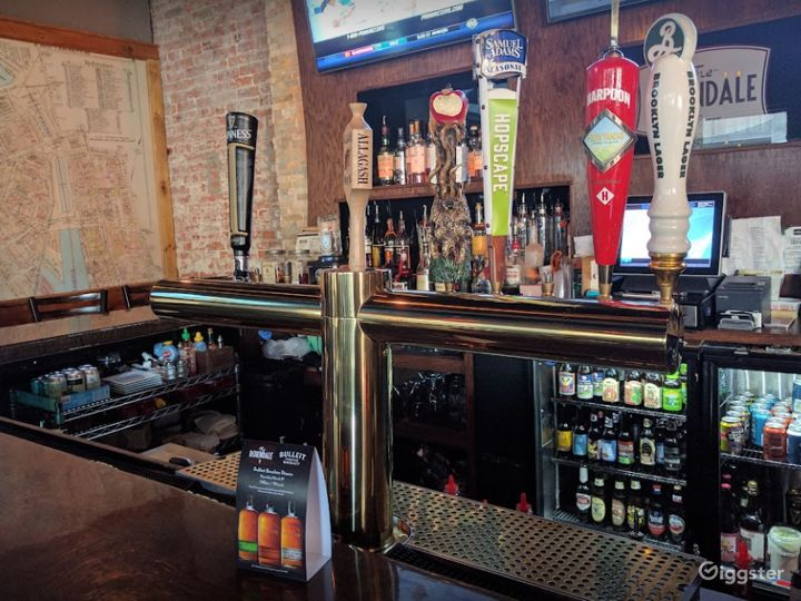 Vibrant Hangout Bar in a Modern Venue in Providence Photo 5