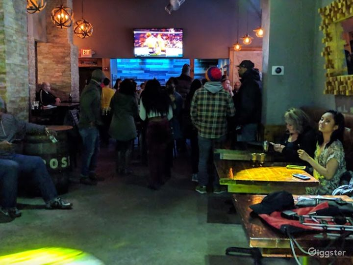 Vibrant Hangout Bar in a Modern Venue in Providence Photo 4