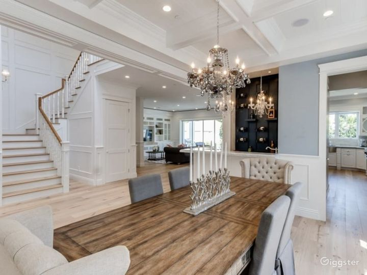 5 bedroom Cape Cod Glam Mansion with Pool and Spa Photo 3