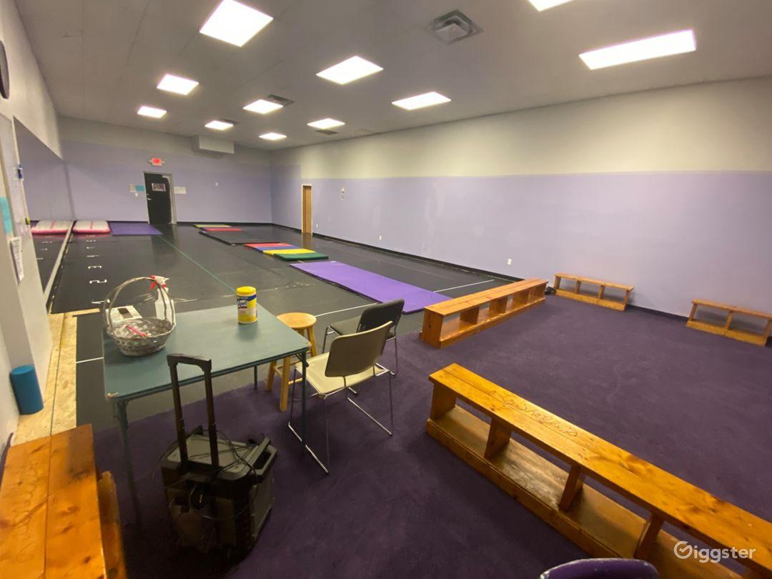 Dance Studio in Oak Park, MI Photo 1