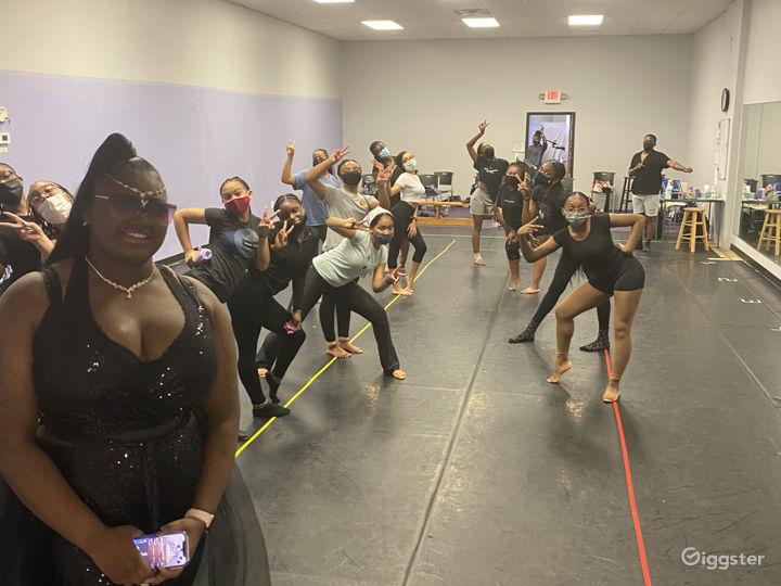 Dance Studio in Oak Park, MI Photo 3