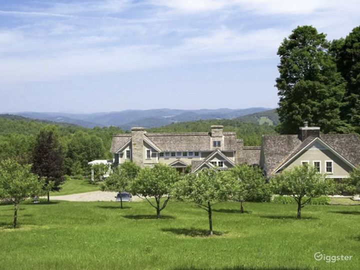 Vermont Home with Mountain Views  Photo 3