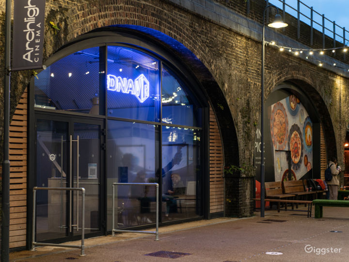 London's First VR Arcade at Battersea Power Station Photo 4