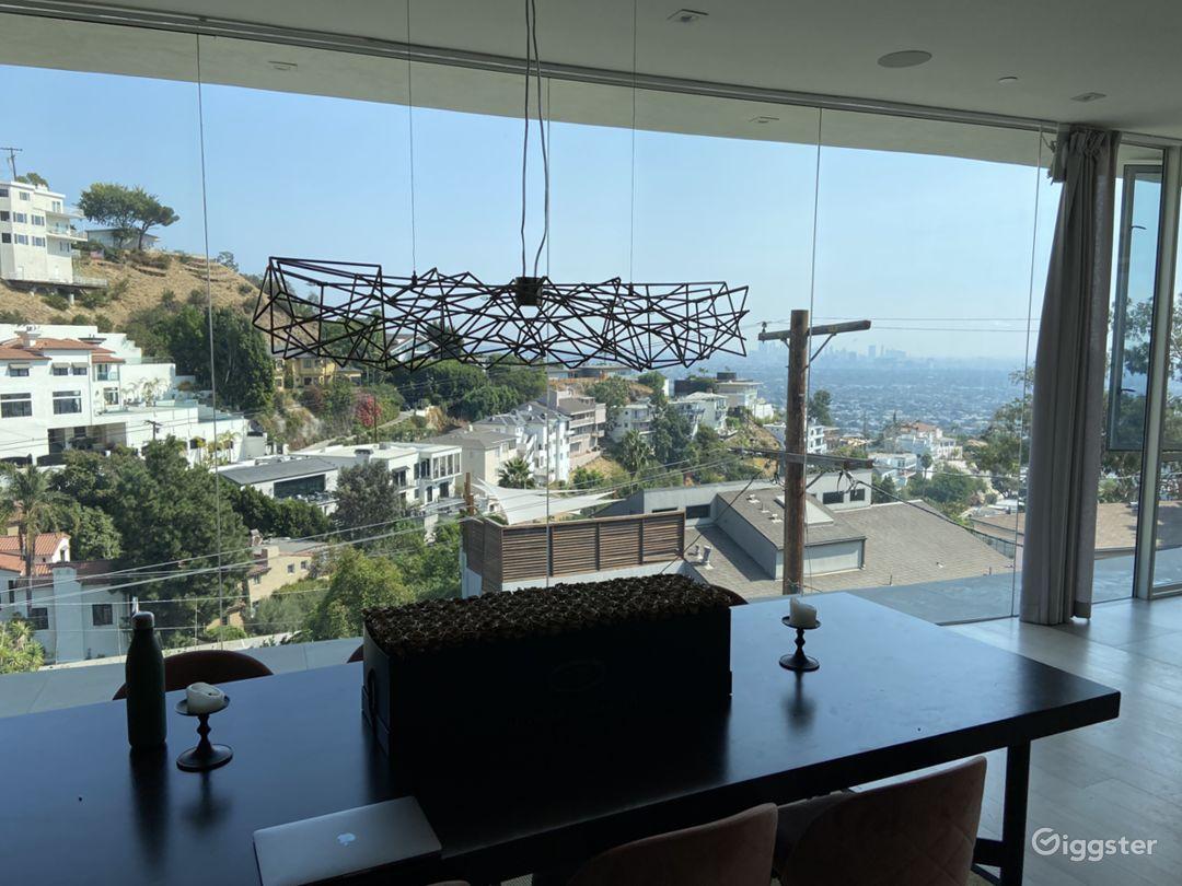 Hollywood Hills Mansion Photo 4