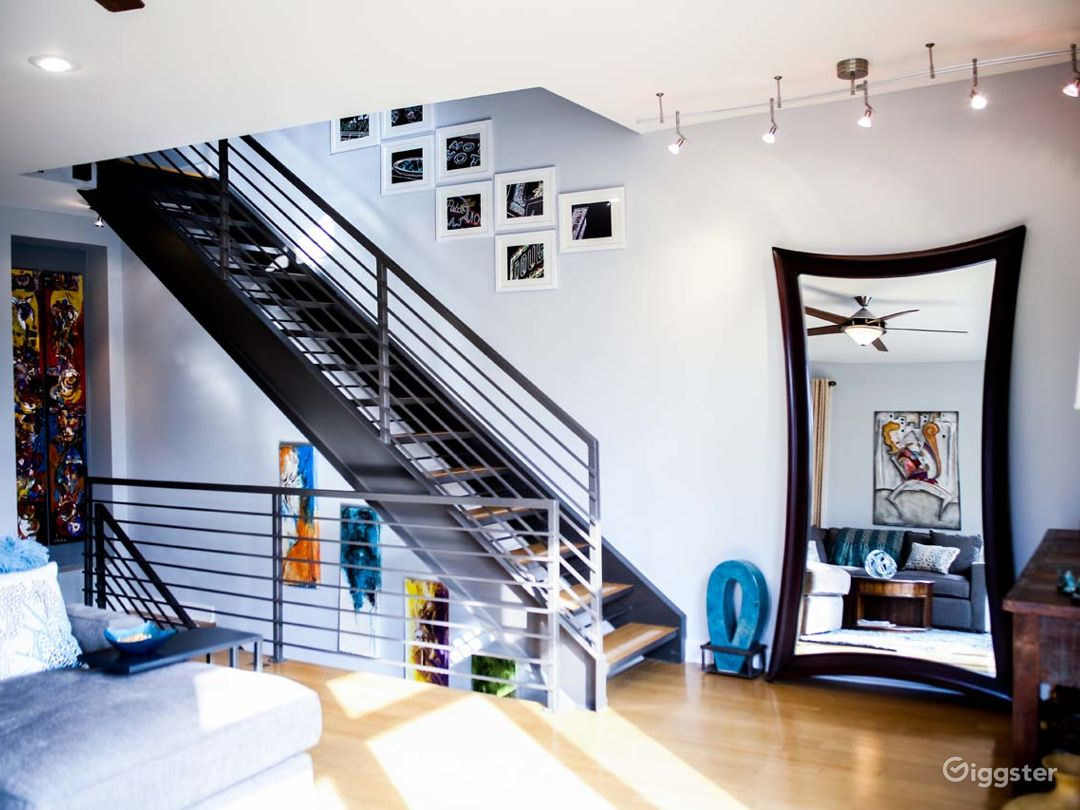 Modern/Contemporary Townhouse Photo 3