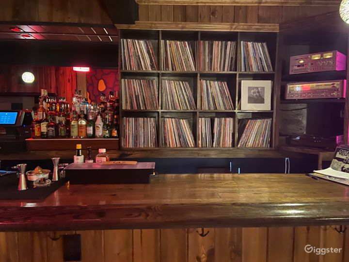 Bar/Music Venue in Millvale area of Pittsburgh Photo 3
