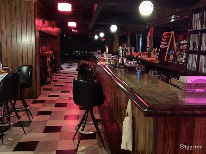 Bar/Music Venue in Millvale area of Pittsburgh Photo 2