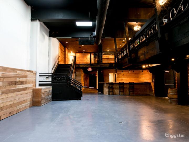 Beautiful Event Ballroom with Mezzanine Floor  Photo 4