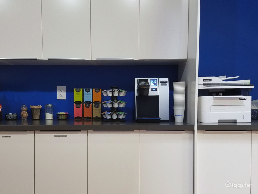 Kitchen, Copy Area
