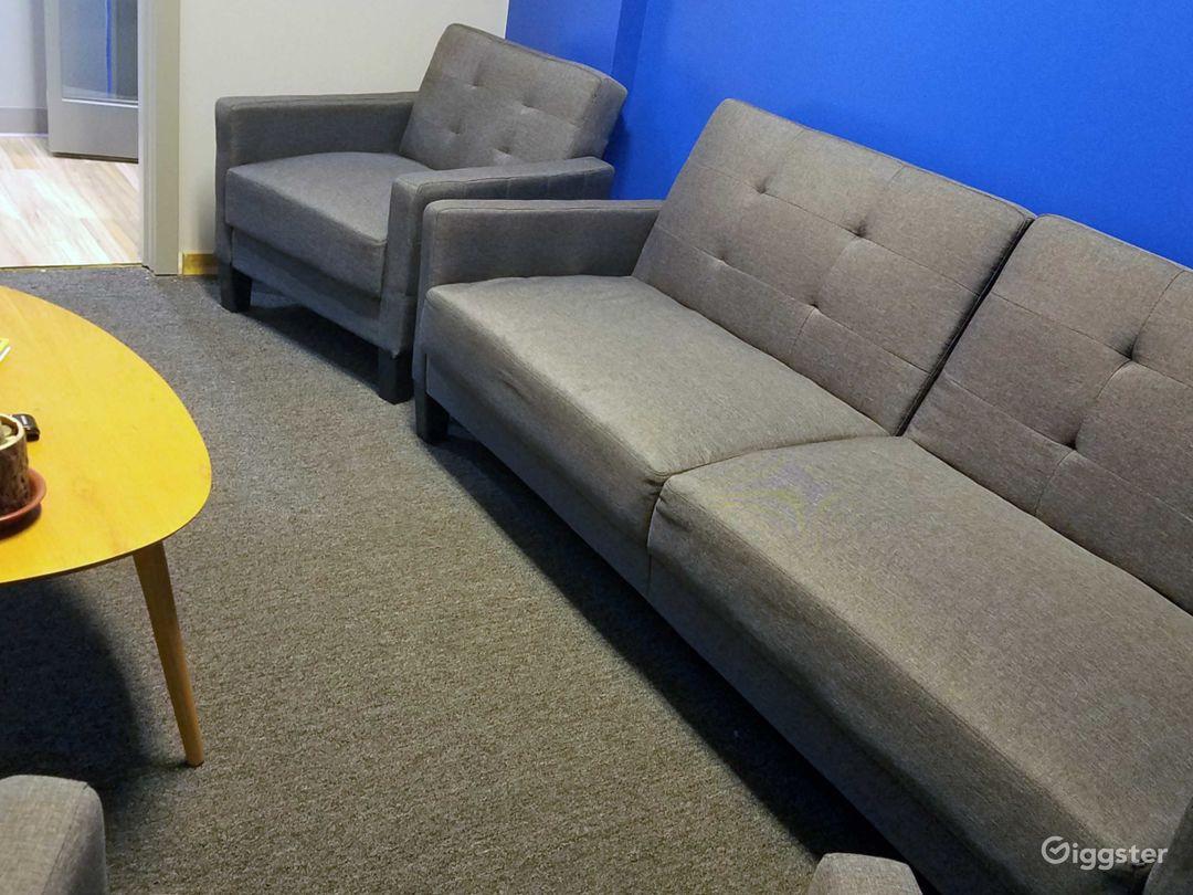 Meeting Room, Green Room, Lounge