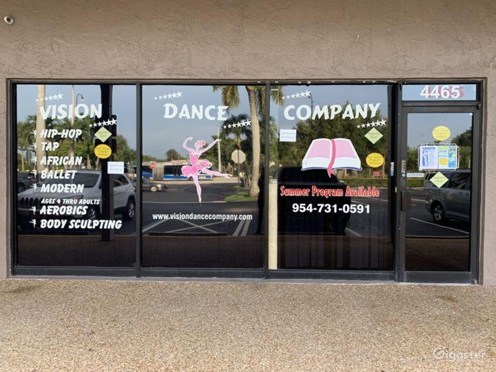 Traditional Dance Studio Photo 5
