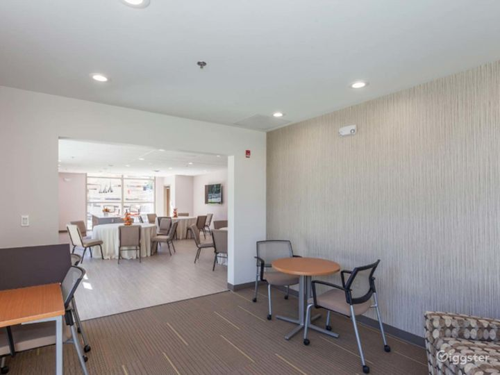 Cascades Overlook Event Center - Functional Executive Dining Room Photo 5