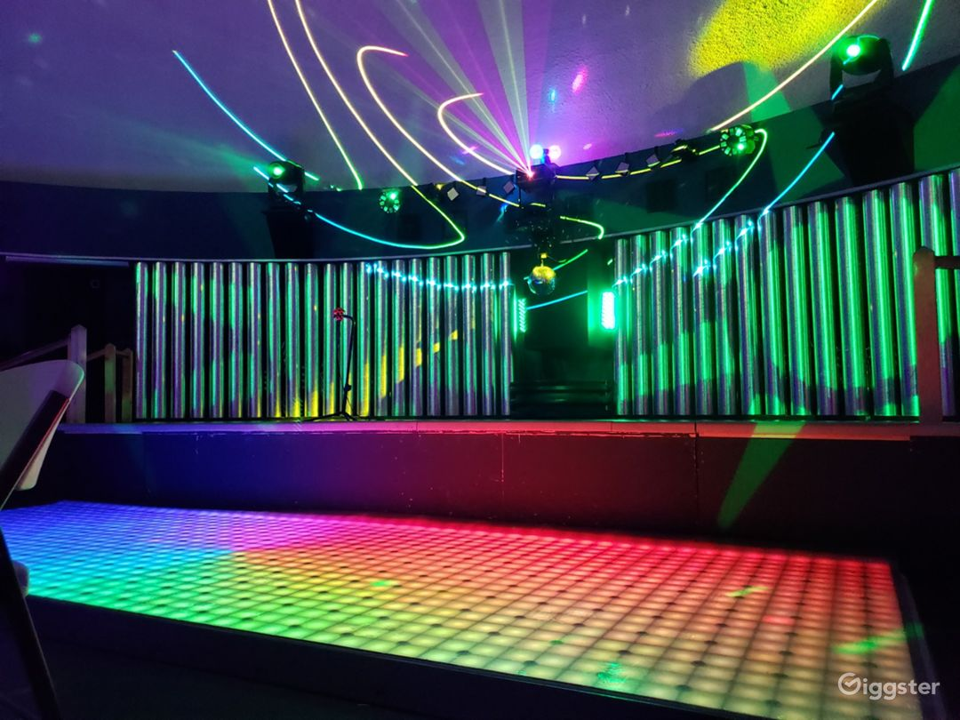 High Tech Entertainment Center & Arcade Photo 1