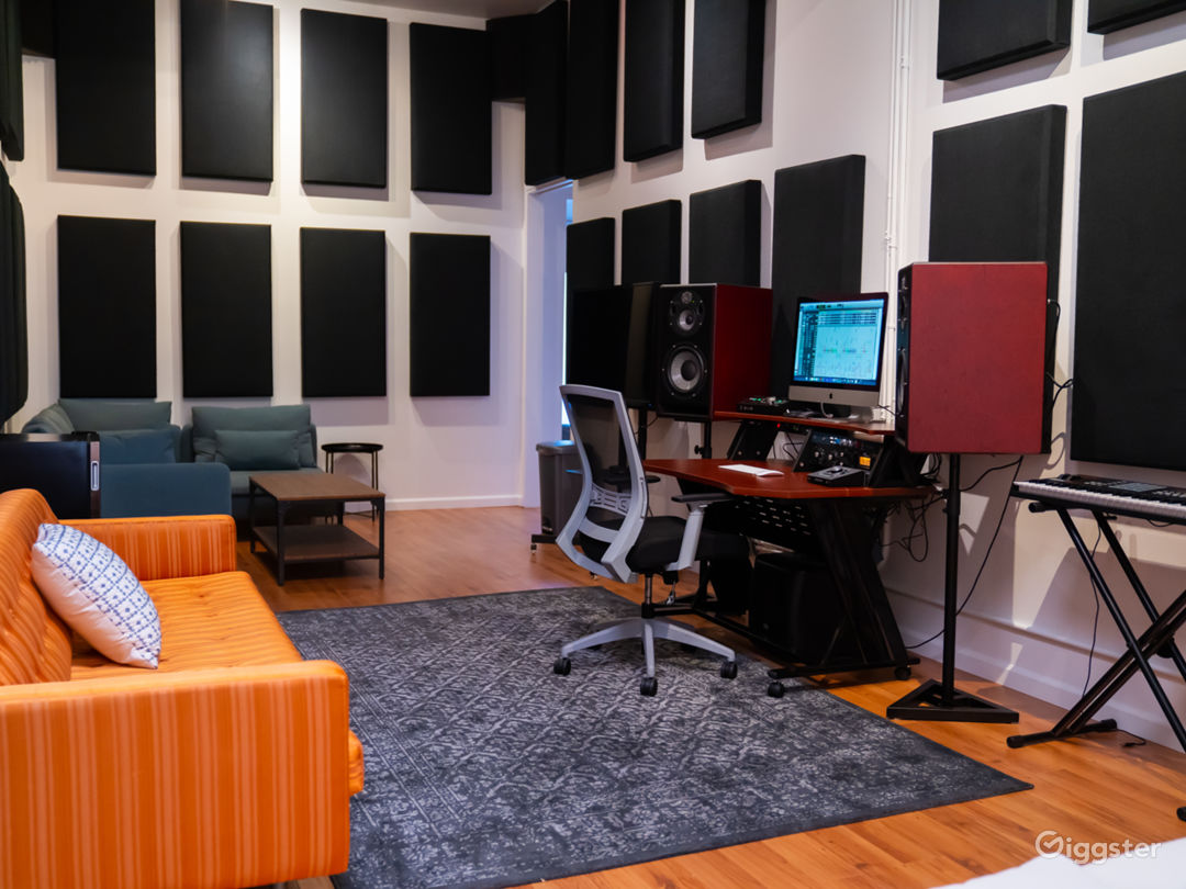 Studio / Sound Panelled Room