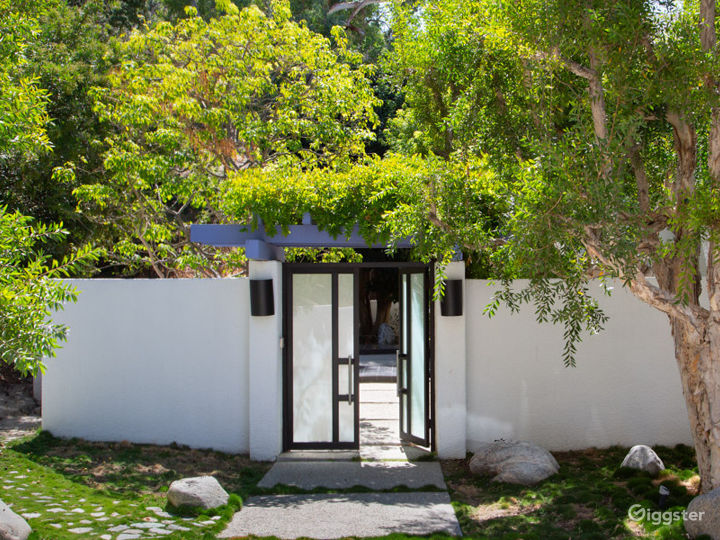 Entering the Zen Japanese Garden