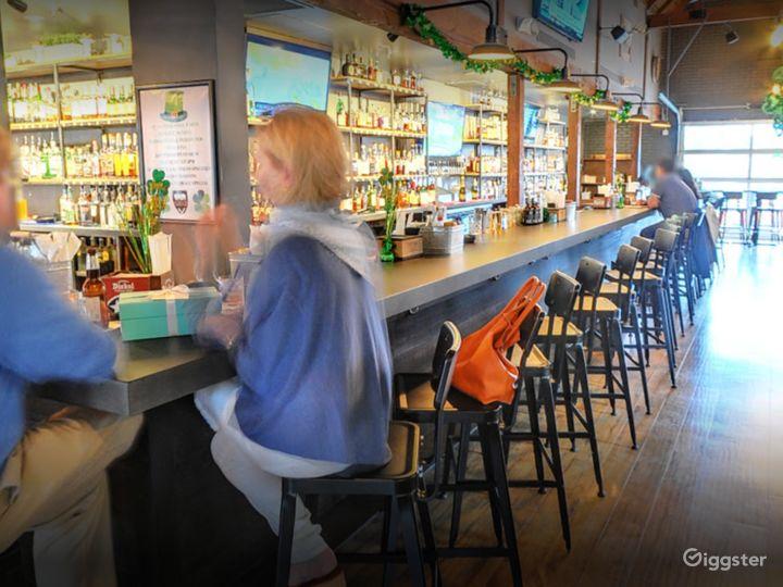 A Cozy Bar Area for Small parties in Atlanta Photo 2