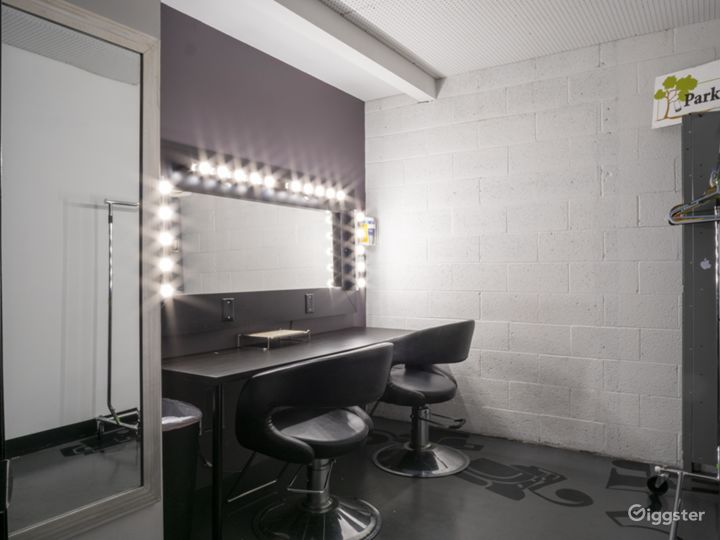 Contemporary Studios & Events Place in Phoenix Photo 2