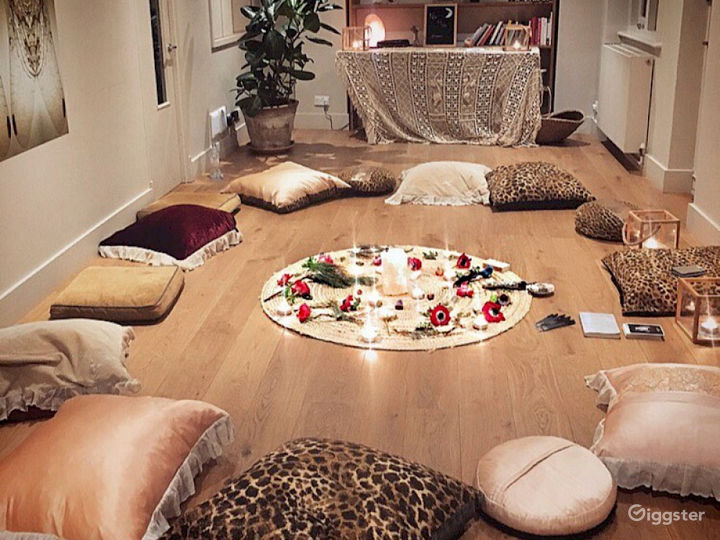 A Relaxing Meditation Studio in London Photo 2