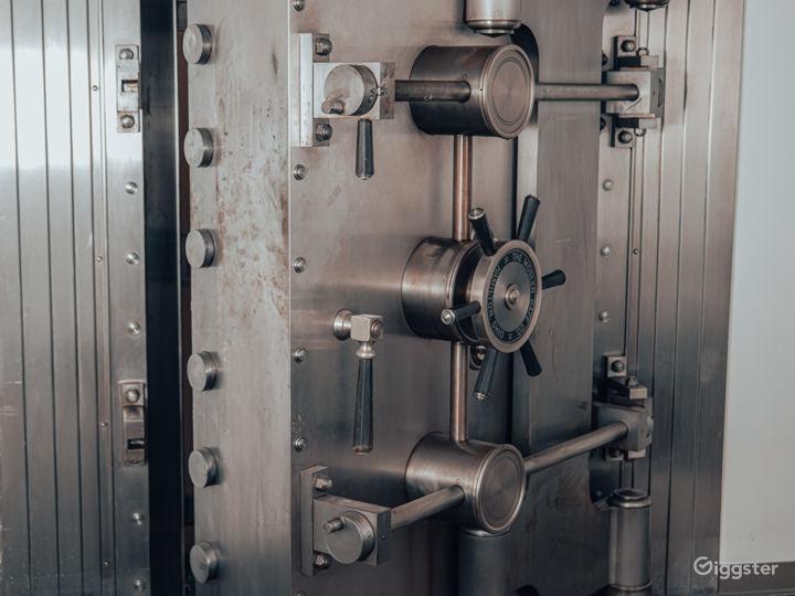 Bank Spy Vault Photo 2