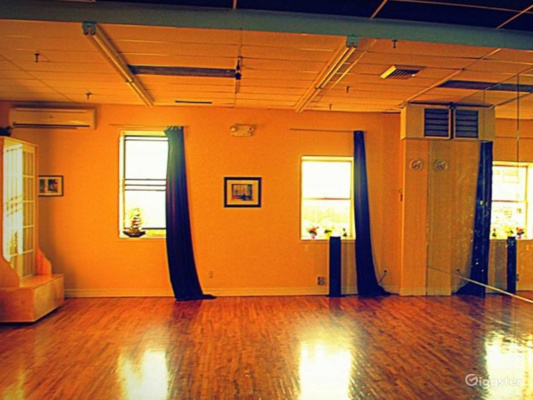 Custom 1000 sq ft Ballroom Dance Studio in Queens Photo 1