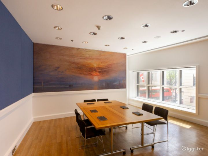 Turner Meeting Room in The National Gallery, London Photo 2