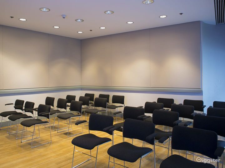 Turner Meeting Room in The National Gallery, London Photo 3