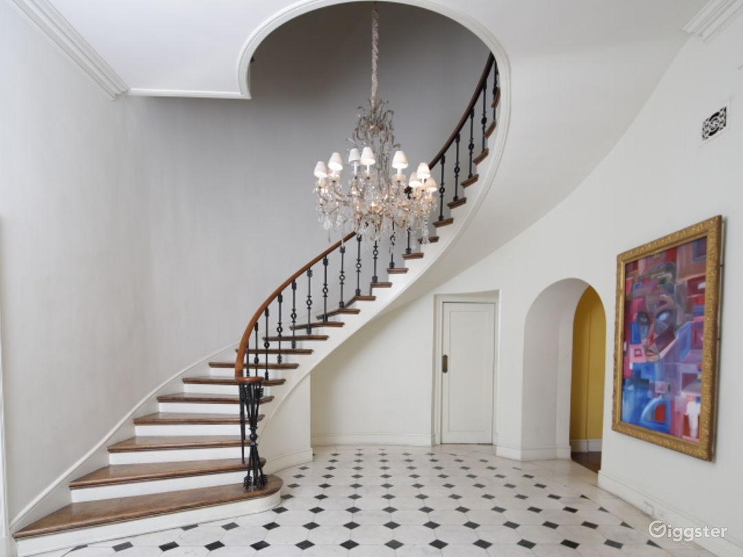 Kingsley House  Photo 1