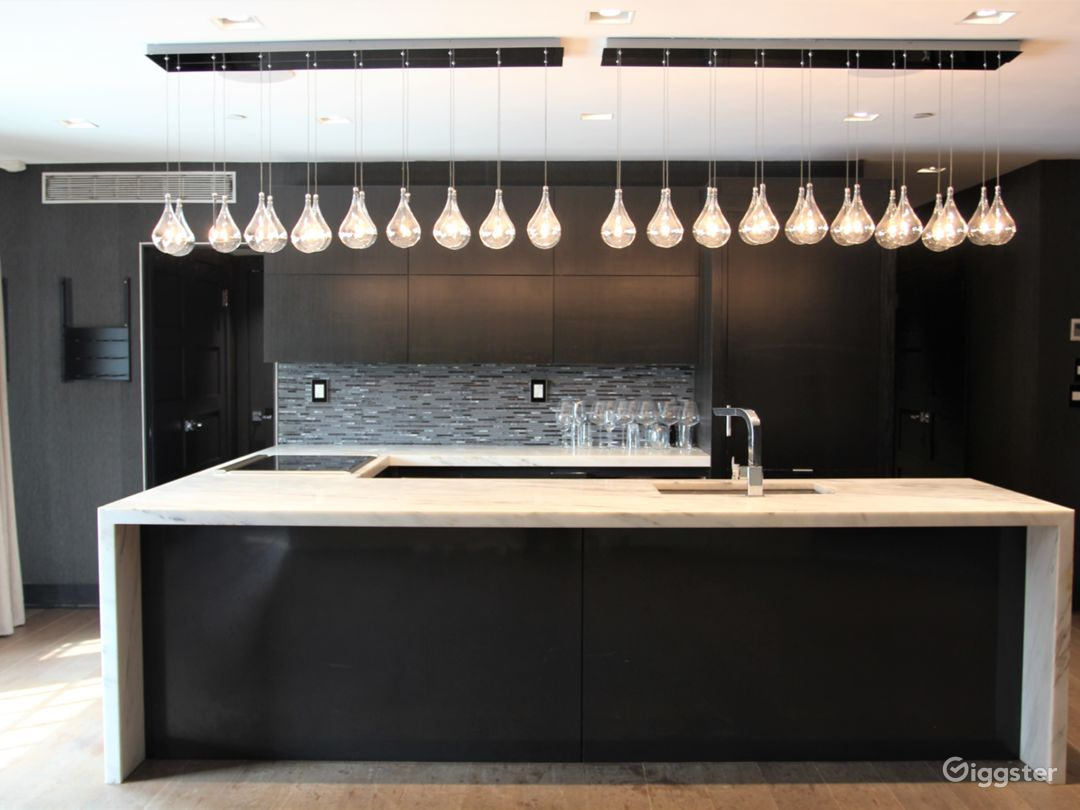 Bright Designer Loft with Staging Kitchen in LES Photo 1