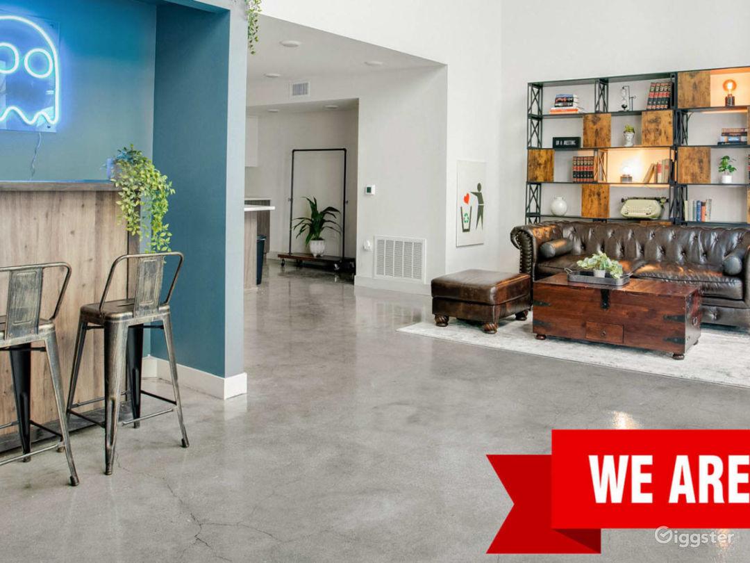 Versatile creative loft w/ movable backdrop/cyc Photo 1