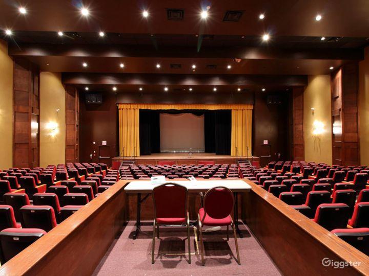 The World Class Auditorium  Photo 2