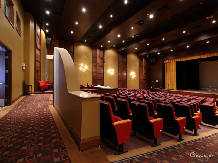 The World Class Auditorium  Photo 4
