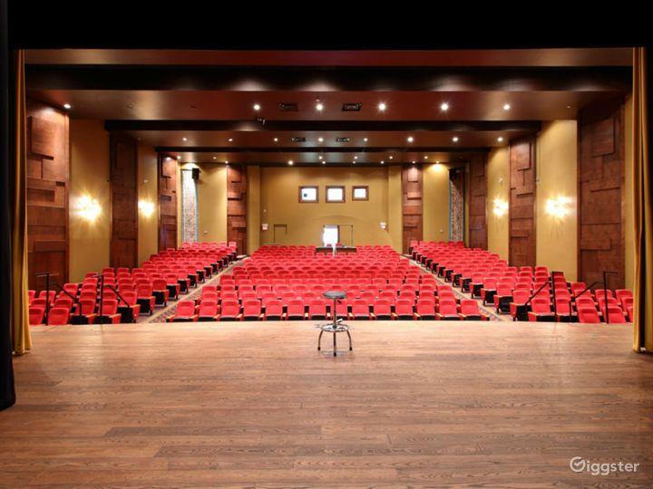 The World Class Auditorium  Photo 3