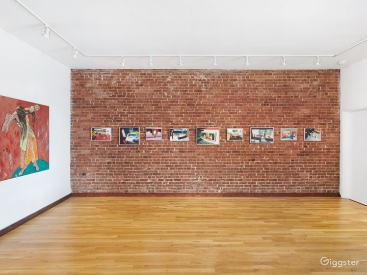 Intimate Contemporary Art Gallery Event Space Photo 4
