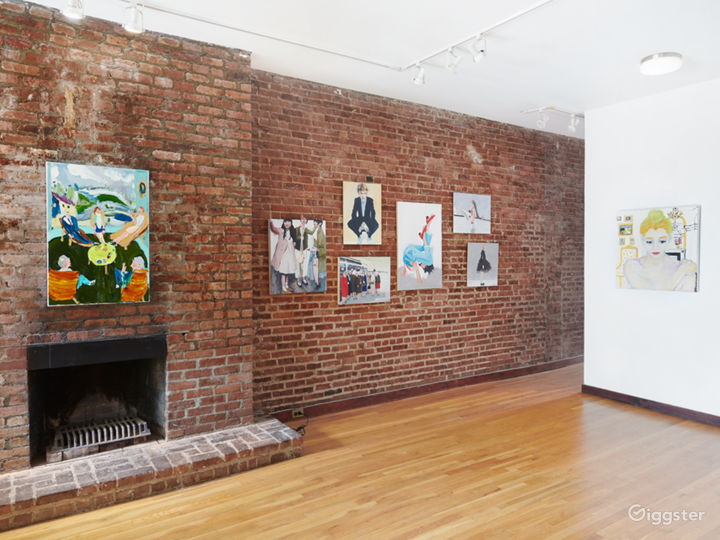 Intimate Contemporary Art Gallery Event Space Photo 2