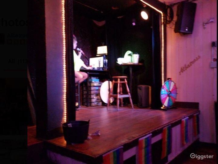Cool and Fun Bar Photo 3