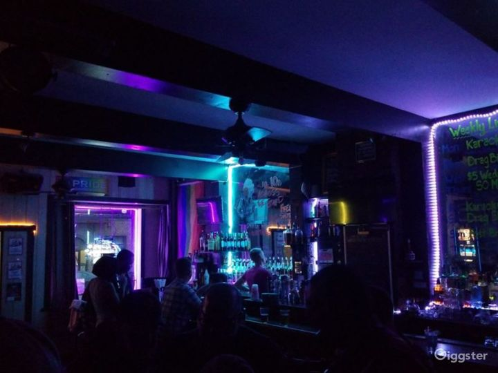 Cool and Fun Bar Photo 2