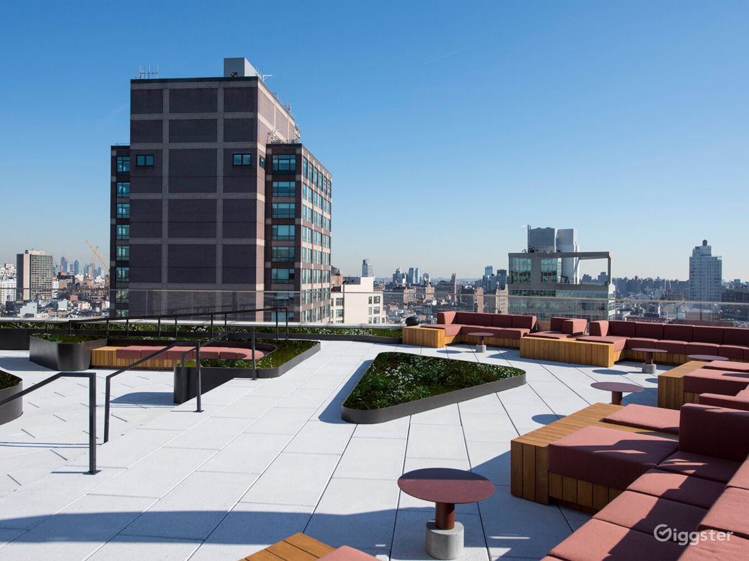 Expansive Hudson Square Rooftop Space Photo 3