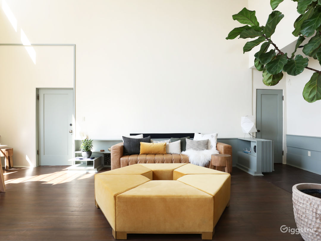 Schindler Loft w/ Natural Light, Hollywood Views Photo 3
