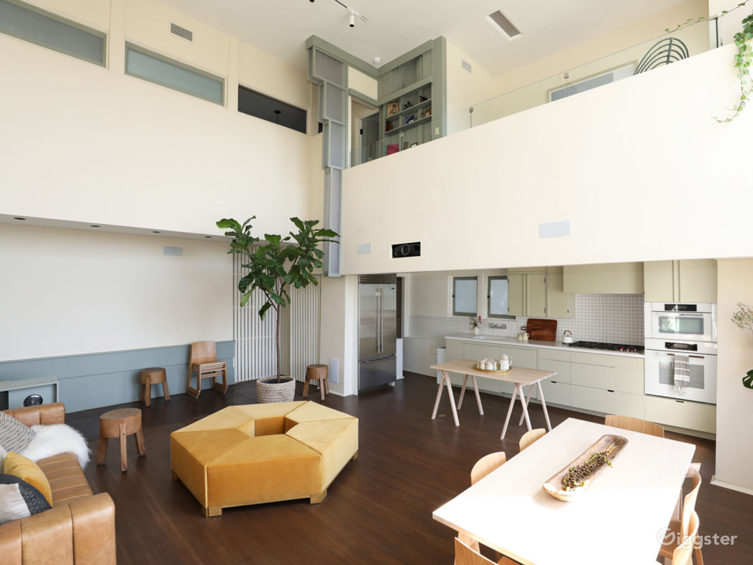 Schindler Loft w/ Natural Light, Hollywood Views Photo 2