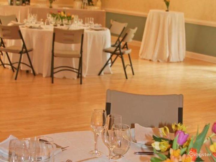 Delightful Ballroom in Charlottesville Photo 4