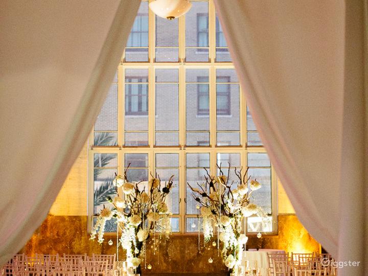 Luxurious & Elegant South Ballroom Photo 3