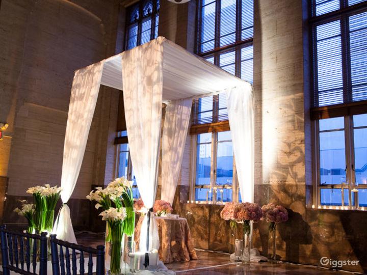 Luxurious & Elegant South Ballroom Photo 5