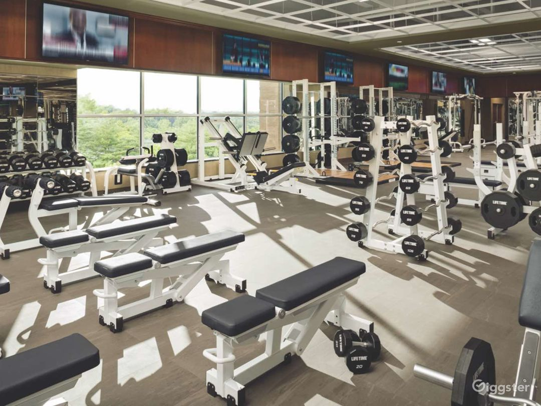 Upscale modern gym and spa: Location 5286 Photo 1