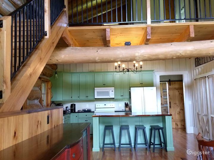 Hand-crafted Log Homestead on beautiful acreage Photo 4