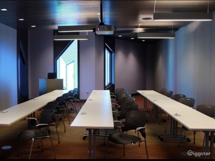 Conference Venue - Single Classroom Photo 3