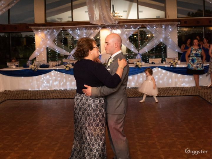 A Beautiful Event Space for Weddings in Michigan Photo 3