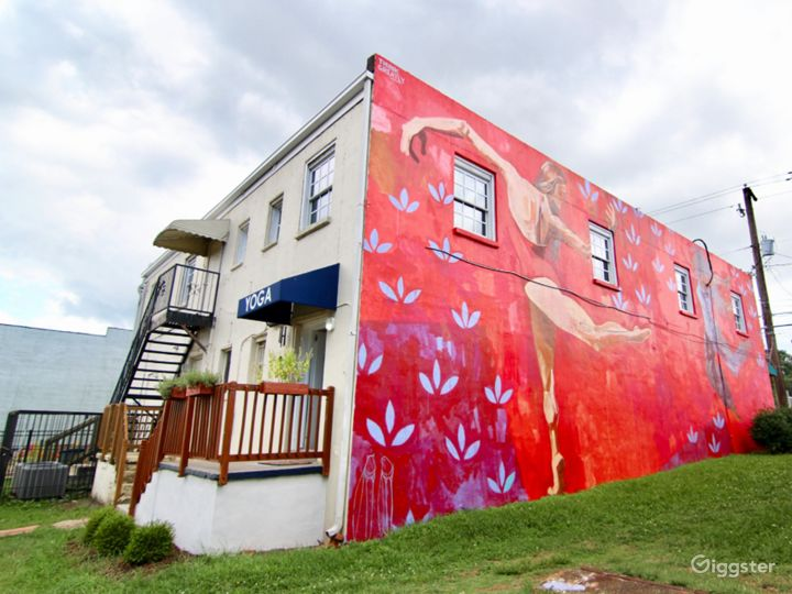 Relaxing Yoga Studio Perfect for Event Space in Hapeville Photo 4